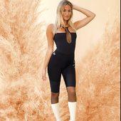 De nos jours, nous avons l'habitude de porter une combinaison pour le soir, lorsque nous la portons, nous nous sentons belles et uniques. Curvas Latina a porté ce vêtement à un autre niveau. Avez-vous déjà vu une combinaison comme celle-ci pour vos cours de gym ? Ces combinaisons ne sont pas seulement uniques en leur genre, mais elles ont toutes les caractéristiques idéales pour un vêtement de sport. 🌟⭐️🖤🖤✅  #curvaslatinabrand #curvaslatinasportswear #curvaslatina #fitness #fitgirls #fitnessswitzerland #womenfitness #fitnesswomens #fitnessfashiongym #fitnessfashion #fitnesslifestyles #swissyoga #suisse #geneve #latindance #fitnessgram @curvaslatina