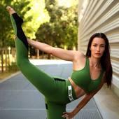 Restez active 🤸🏾♂️🤸🏼♀️💚💚  #curvaslatina #curvaslatinasportswear #yogaposeoftheday #yogapractice #curvaslatinabrand #yogaeverywhere #yogamovement #fitnessyoga #yogapractice #yogamoms #yogalove #yogaposes #yogafam #yogamoment #yogafitness #gymyoga #yogilife #yogiwoman #loveyoga #fitnessmiami #fitnesspilates #yogagram #inyoga #yogastrong #fitnessgram #yogaeverywhere #yogawomen #lifeyoga #asana @curvaslatina